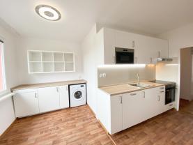 Prodej, byt 2+1, 65 m2, OV, Chomutov, ul. Bezručova