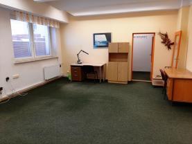 Pronájem kancelářského prostoru, 65 m², Pardubice - centrum