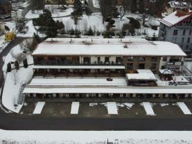 Prodej hotelu, penzionu, 1689 m², Lipno nad Vltavou
