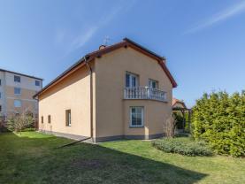 Prodej RD, 350 m2, zahrada 1388 m2, Újezd u Průhonic