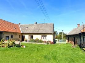 Prodej rodinného domu 5+1, 1369 m², Brumovice