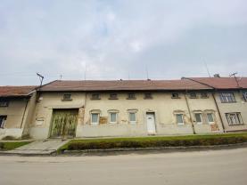 Prodej rodinného domu, 4619 m², Tvorovice