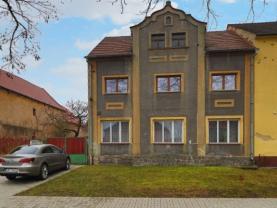 Prodej podílu rodinného domu, 1080 m², Vroutek, ul. Kryrská