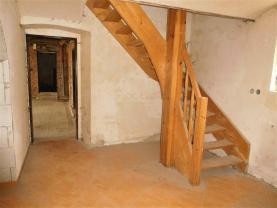 schodiště (Prodej, rodinný dům, 965 m², Blšany-Liběšovice), foto 4/26