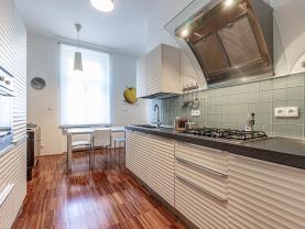 Prodej bytu 4+1, 116 m², Praha - Staré Město, ul. Skořepka