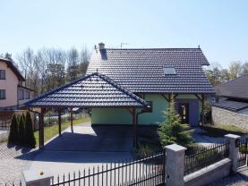 Prodej rodinného domu, 300 m², Dolní Němčí, ul. Nad Hájkem